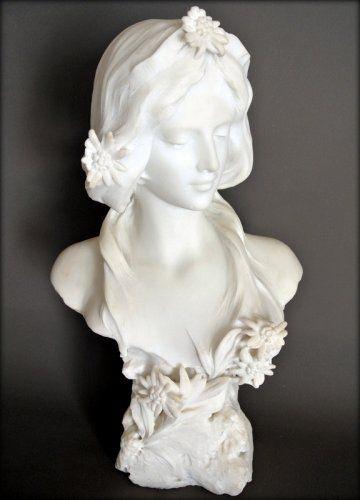 Sculpture en marbre de Carrare Style Art Nouveau