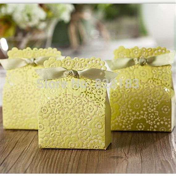 New 50pcs Fresh Air Green Color Flower Wedding Favor Box Party Favors Candy Gift Chocolate Supplies