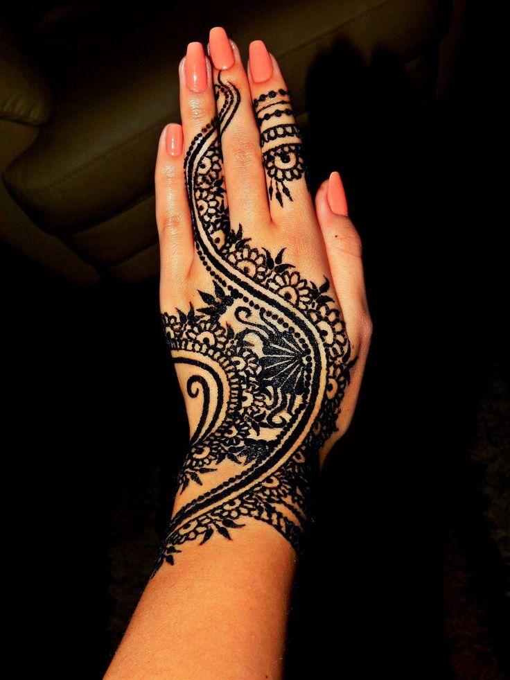 My henna design ^-^! #henna #design #mehndi #bodyart #tattoo #art #ilovehenna #arabic #creativity #blackhenna #skin #work