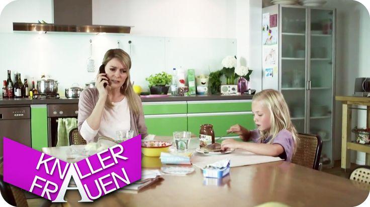 Und wieso? - Knallerfrauen mit Martina Hill | Die 3. Staffel - YouTube