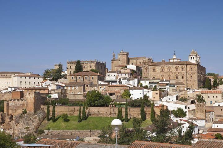 conjunto monumental medieval de Cáceres en Extremadura