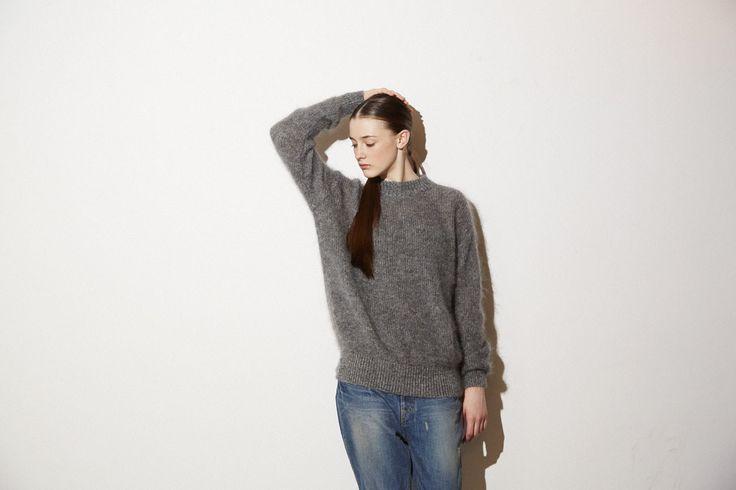 knit No,104-07-1207 18,000yen(jilky) pant No,101-11-1127 18,000yen(jilky)