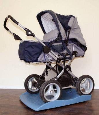 ROBOPAX elektrische Babywiege Babywippe Babyschaukel von ROBOPAX