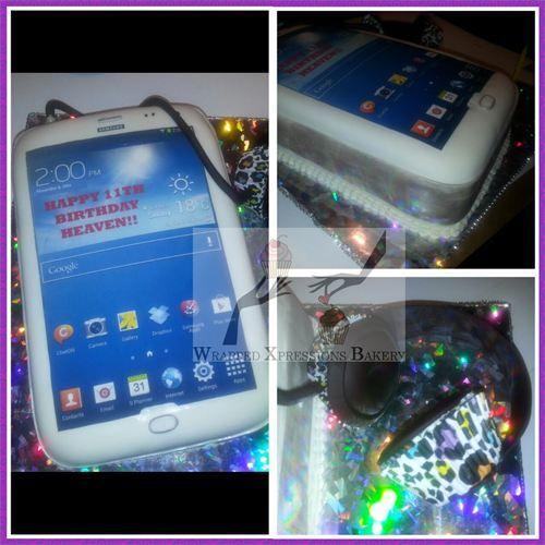 Samsung Galaxy Cell Phone Cake With Cupcake Headphones