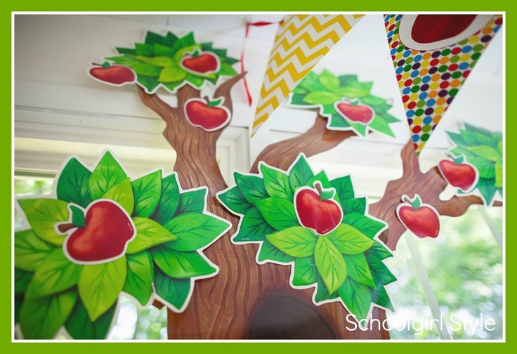 Best 25 tree bulletin boards ideas on pinterest for Apple tree classroom decoration