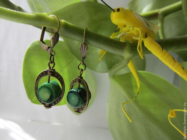 Купить Серьги из зеленого коралла. - зеленый, серьги зеленый коралл, серьги зеленые