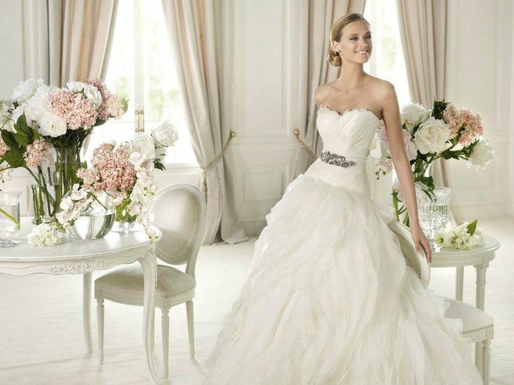 Pronovias at Plush Couture www.plushcouture.co.uk #weddingdress