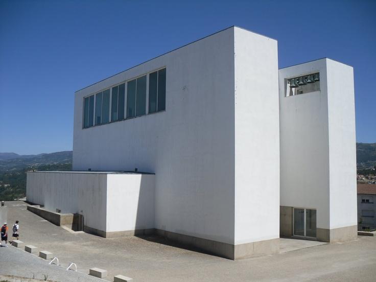 alvaro siza vieira / parish center  marco de canavezes