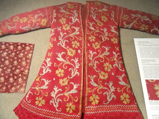 c 1600 knitted in silk from the http://www.nordiskamuseet.se/  Link no longer good (not on current exhibition)