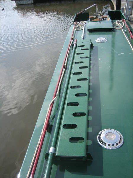 Boarding plank & pole