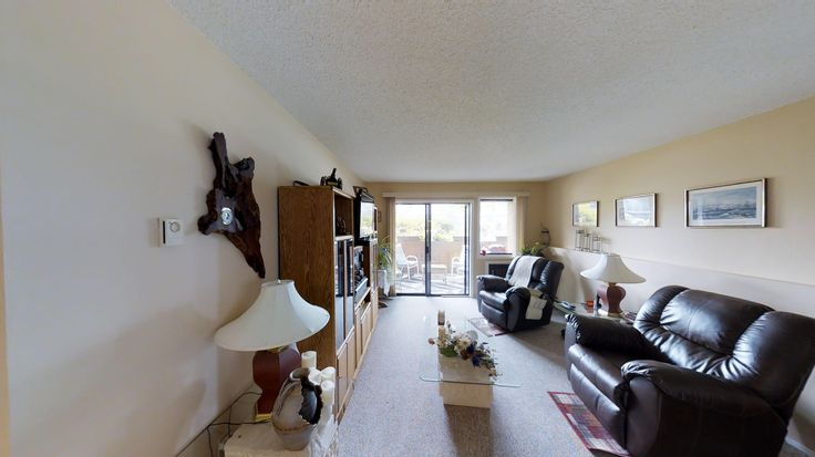 REDUCED!! Only $200,000 for this 2 bedroom, 2 bathroom condo in Penticton! 55+, no rentals and no pets! #pentictonrealestate #realestate #condoforsale