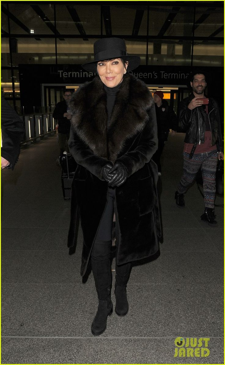 kris bruce jenner changing appearance kuwtk episode 05 Kris Jenner keeps warm in a long fur coat while touching down at Heathrow Airport on Tuesday night (January 20) in London, England.     According to Us Weekly, the…