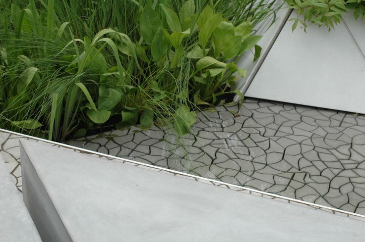 Cracked Earth concrete tiles