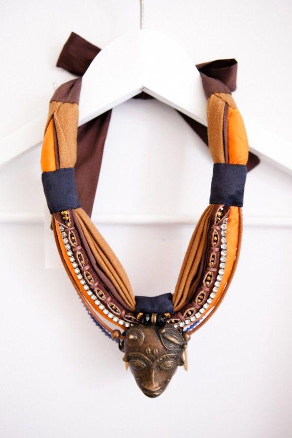 collier-ethnique-charlotte-hosten-silk-orange-african-necklace