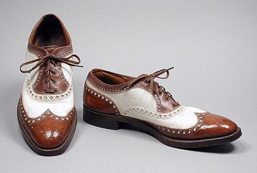 Spectators 1944 - My all time FAVORITE type of shoe - Spectators!