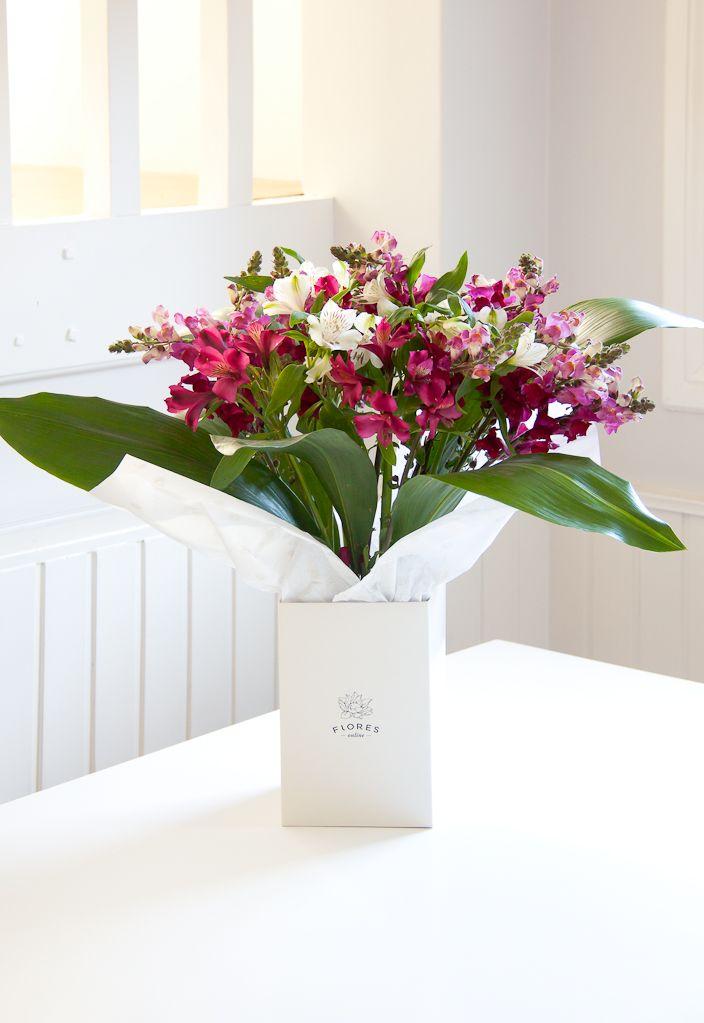 http://www.floresonline.com.ar/flores/arreglos-florales/arreglo-con-mix-de-flores-y-follaje-cod-a-137/