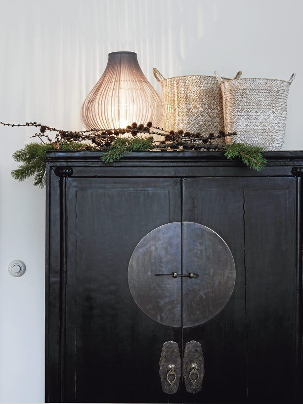 Scandinavian Rustic Vintage House Decorated For Winter   DigsDigs