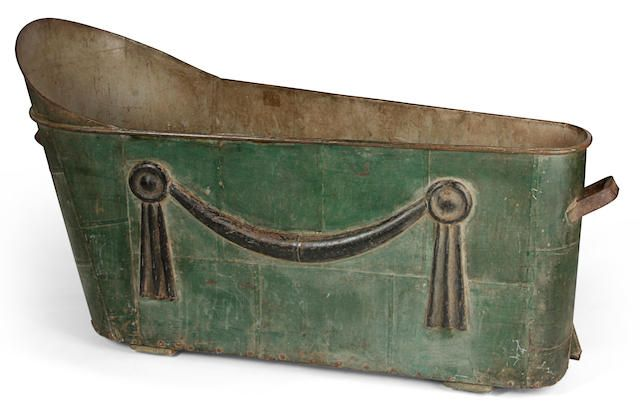 A Directoire cast and green-painted metal bathing tub late 18th/early 19th century
