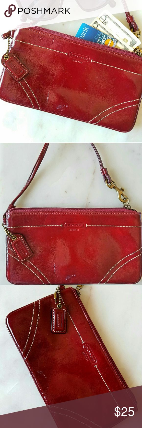 Gorgeous! Authentic COACH clutch original! 🍀Good lucky red clutch🍀Good condition🌟🌟🌟🌟🌟 Coach Bags Mini Bags