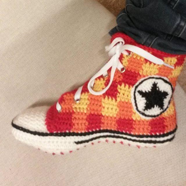 Converse Sneakers (July '16) #ninamarie_fi #crochet #crochetaddicted #converse #novita #novita7veljestä #virkkaus #virkkaushullu