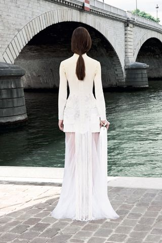Givenchy: 614480 Pixel, 2011 Givenchy, Style No2, Couture 2011, Fall Couture, Coleção Fall, Givenchy Fall, 2011 Couture, Fall 2011