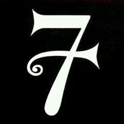 р я і п с е - 7; Prince's favorite number