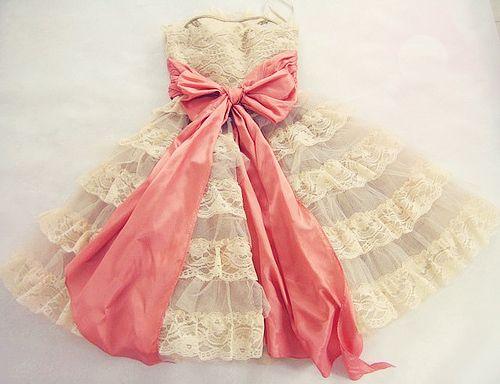 Flower Girls Dresses, Princesses Dresses, Betseyjohnson, Vintage Lace, Pink Ribbons, Pink Bows, Betsey Johnson, Big Bows, Lace Dresses