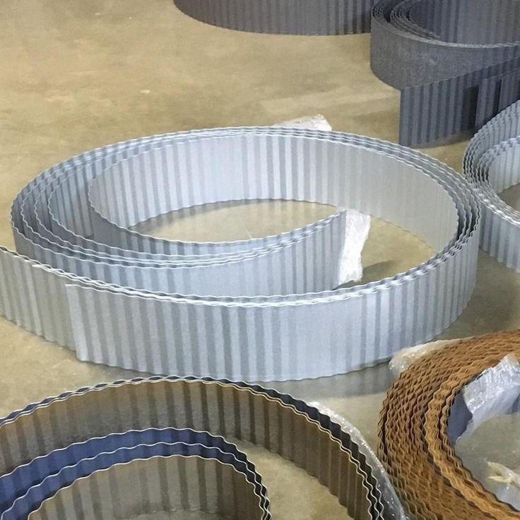 Corrugated Metal Landscape Edging In 2020 Metal 400 x 300