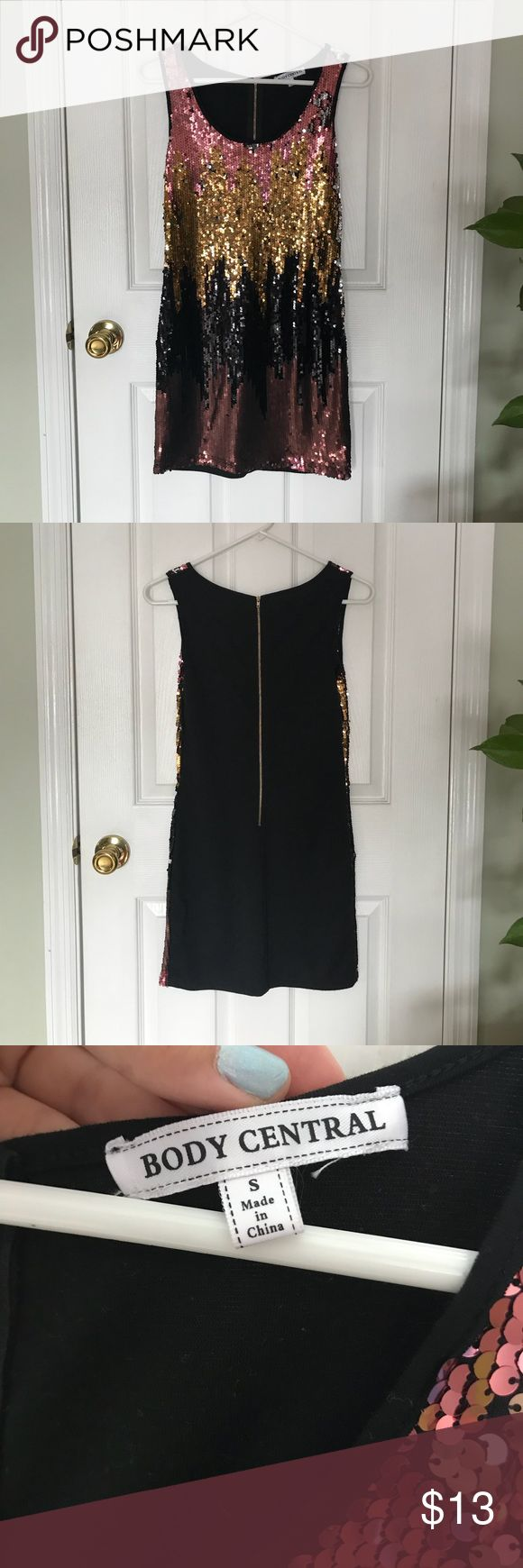 """Bodycon sequin """"ombré"""" dress- size S The perfect dress for a night out. I wore this one time for my sweet sixteen and it was perfect. Eye catching dress! Body Central Dresses Mini"""