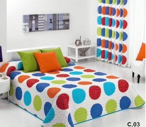 Cuvertura de pat matlasata, rotunjita la colturi. Diverse dimensiuni si culori. Produs de Reig Marti ( Spania )