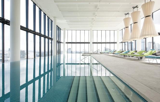 Crown Metropol Melbourne Australia - great rooftop pool