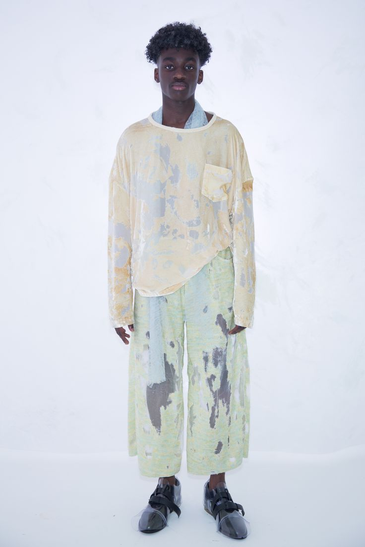 KA WA KEY Spring Summer 2017 London Collections: MEN Experimental sensuous romantic textile on Menswear / Womenswear / Knitwear as an east-meet-west impressionism painting Sunset Beige Velvet Blouse Lace Scarf Lime Yellow Devore Knit Trousers