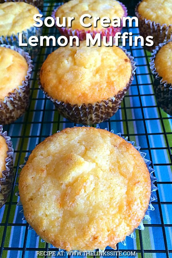 The Almost Creamy Taste From The Sour Cream Gives These Lemon Muffins An Indulgent Lemon Dessert Lik Sour Cream Muffins Sour Cream Recipes Lemon Muffin Recipes