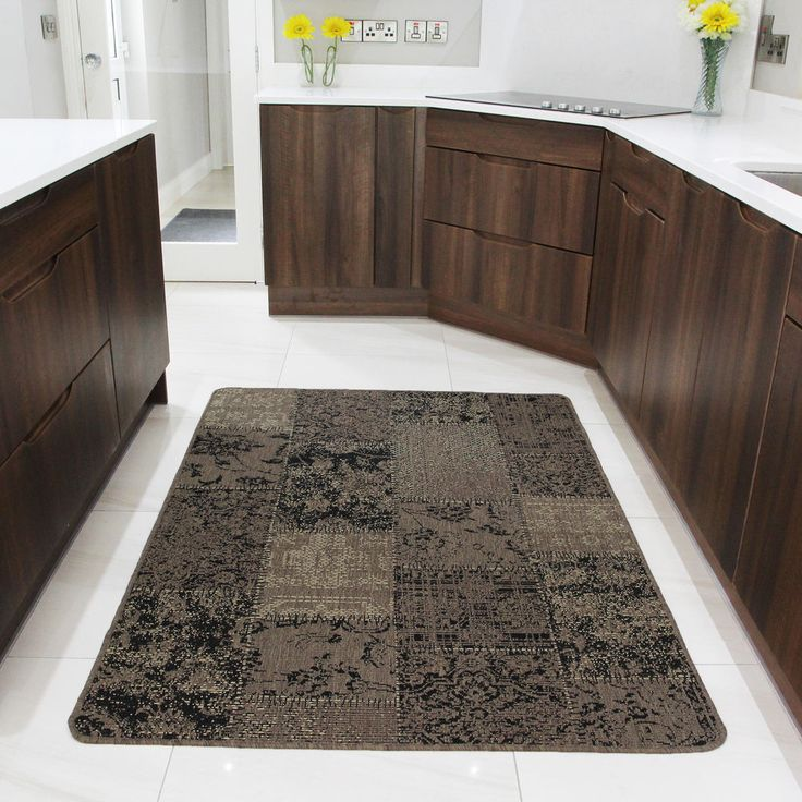 Best 25+ Kitchen Carpet Ideas On Pinterest