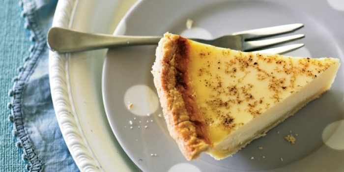 take a walk down memory lane with this retro dessert. A custard tart is guaranteed to impress any guest young or old.