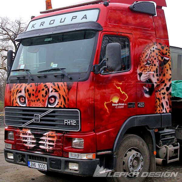 Decorating truck, sports cars design tuning, Chopper Design, Motorcycle tuning painting, etc... Airbrush video here: https://www.youtube.com/watch?v=Y9H2ANvpARg
