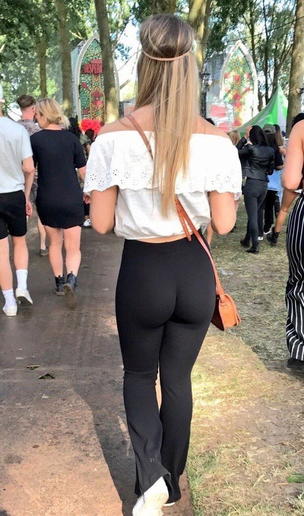 Big Ass In Public  Juicy Yoga Pants  Pinterest  Big -7755