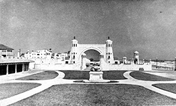 Florida Memory - Band shell and world's largest open-air theater - Daytona Beach, Florida
