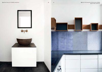 Made A Manos tiles. Wouldn't mind that kitchen.  Via Lotta Agatons blog. Photo by Heidi Lerkenfeldt