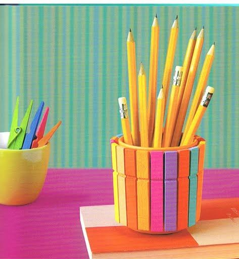 Como hacer un colorido portalápices con pinzas - Colorful pencil holder with clothespins