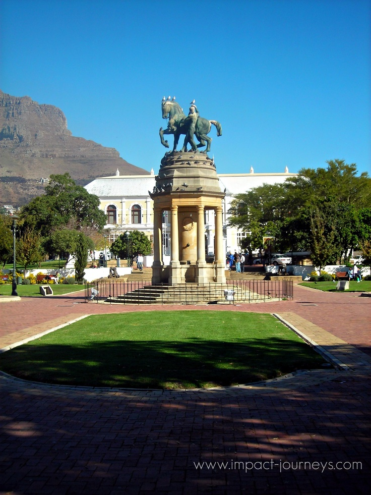 statue in Company Gardens (Cape Town, South Africa)