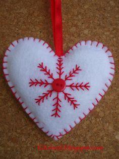 felt christmas ornament, heart