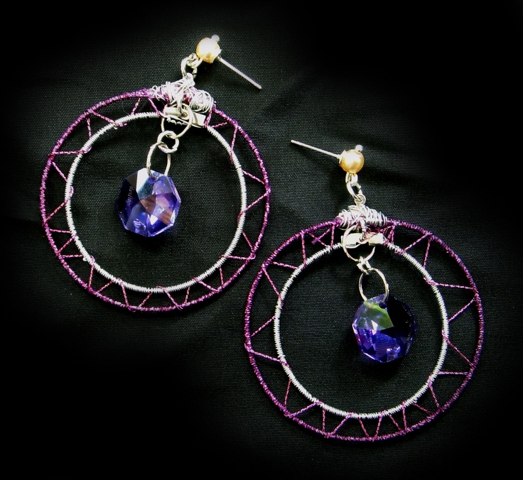 handmade earings, soft wire, hard thread and pruple crystal stone