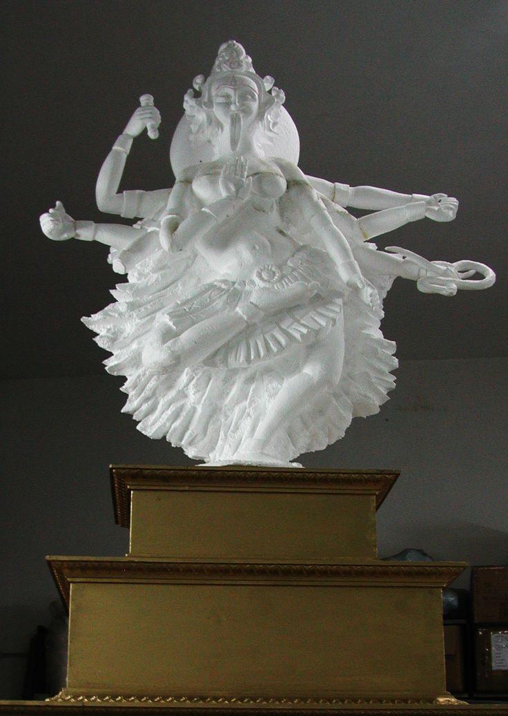 escultura esferovite