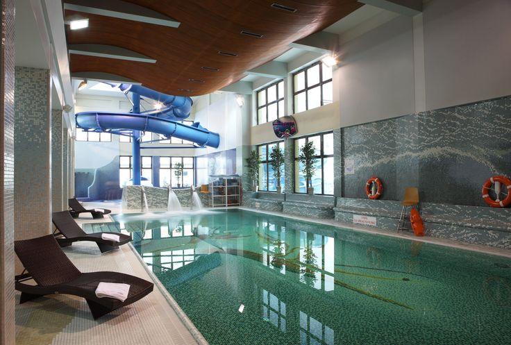 Nabierz powietrza i skacz! Nasz Aquapark to cudowna rozrywka dla każdego! #aquapark #muszyna #baseny #woda #wodneatrakcje #hotelklimek #zjezdzalniawodna