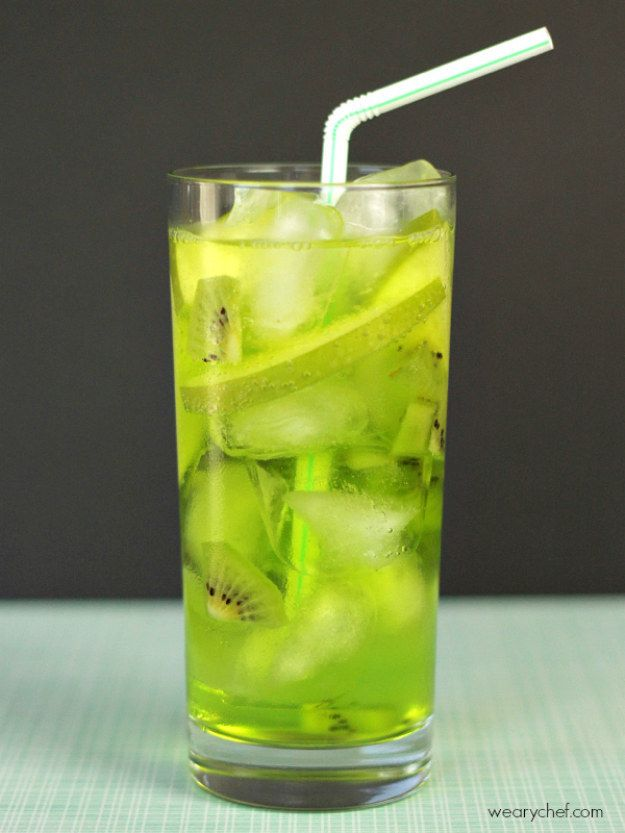 1000 ideas about green cocktails on pinterest cocktails. Black Bedroom Furniture Sets. Home Design Ideas