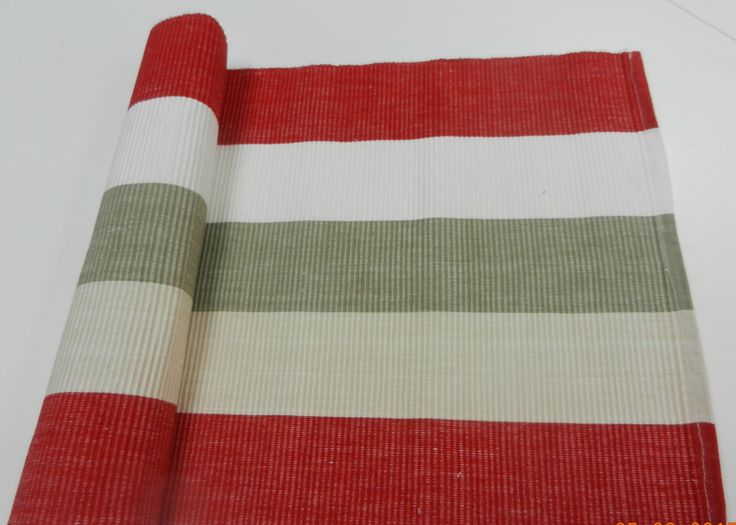 Table runner, place mats and scatter cushion in this design