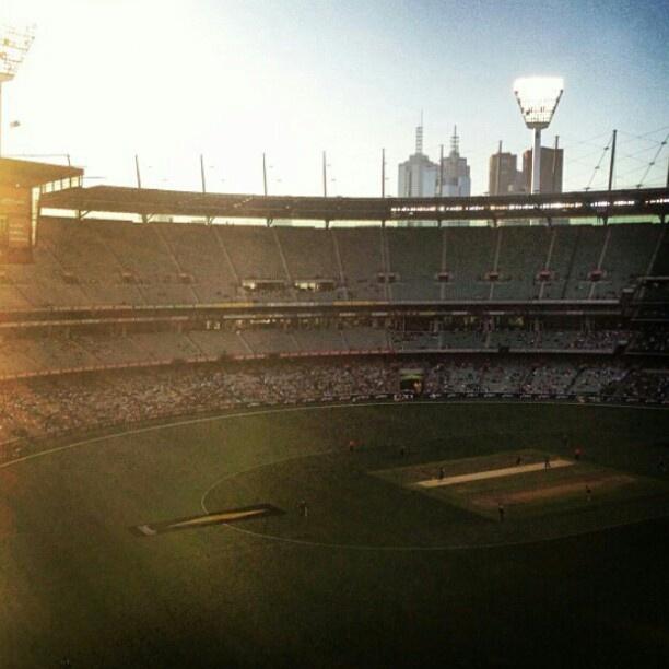 The 'G as the sun goes down. Australia vs Sri Lanka. #ODI. Image by @Rhiannon Watt. #MCG, #Melbourne, #Australia.