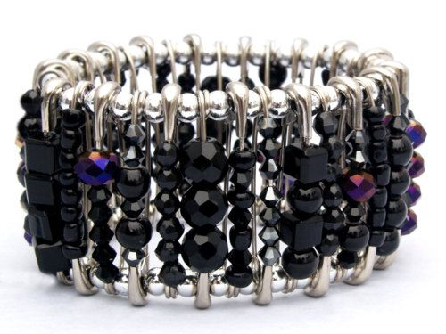 etsy-hannahs-accessories-gothic-black-safety-pin-bracelet, no tutorial but I think I can figure it out!
