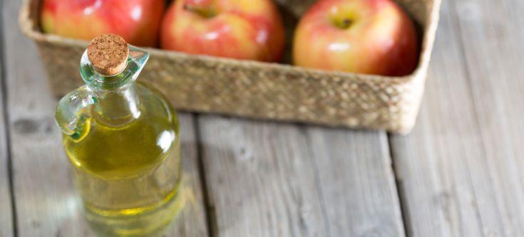 10 Dicas Úteis Para Utilizar Vinagre de Maçã.  Olá gente hoje o blog traz 10 super dicas pra vocês que gostam do vinagre de maçã já usam ou gostaria de saber como e porque usar.  O vinagre de maç…